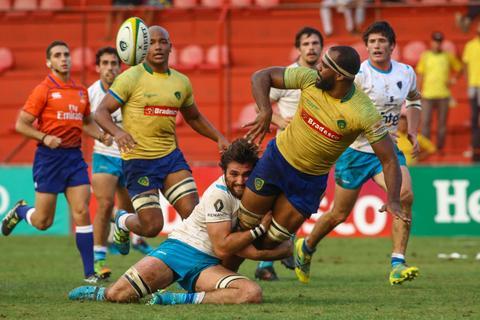 Brasil pressiona no início, mas sofre virada do Uruguai XV em Osasco
