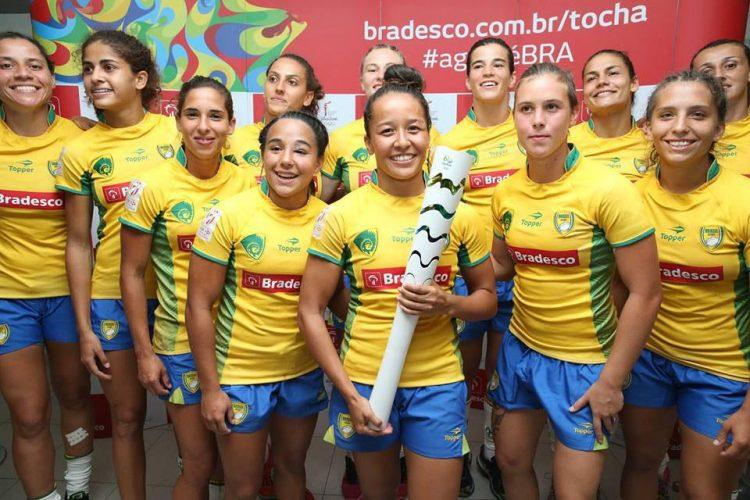 Seleção Brasileira Feminina de Rugby Participa de Atividade Interativa com Público